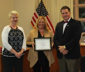 Mayor Bloemker presents (L-R) Erin Hartke, general manager, and Wanda Pitcher, owner with the Business Appreciation Award.