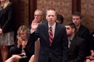 State Senator Dale Righter is sworn in Wednesday in Springfield
